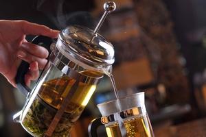 Niezwykłe zastosowania zielonej herbaty [© Petro Zadorozhnyy - Fotolia.com]
