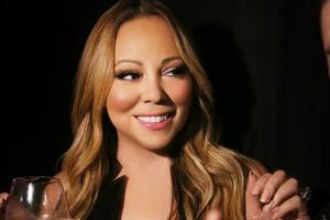 """Nowa świąteczna Mariah Carey śpiewa z """"Pierwszą gwiazdką"""" [Mariah Carey fot. E!]"""