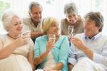 Nowe przyjaźnie w wieku dojrzałym [© Monkey Business - Fotolia.com]