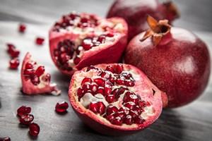 Nowy składnik anti-aging - eliksir młodości znajduje się w owocach granatu [© De Visu - Fotolia.com]