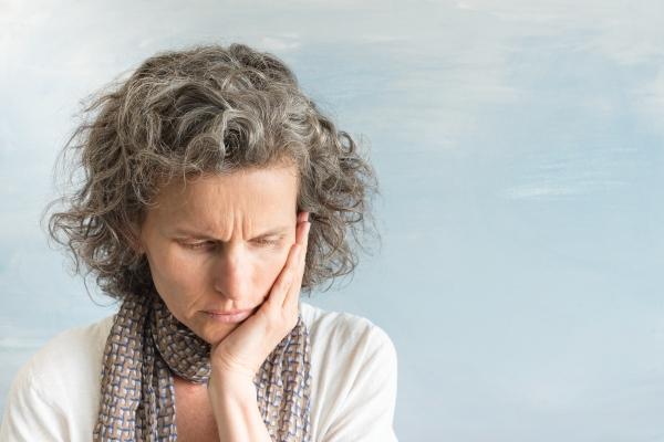 Obajwy menopauzy - nasilają je toksyczne relacje z partnerem [Fot. Natalie Board - Fotolia.com]