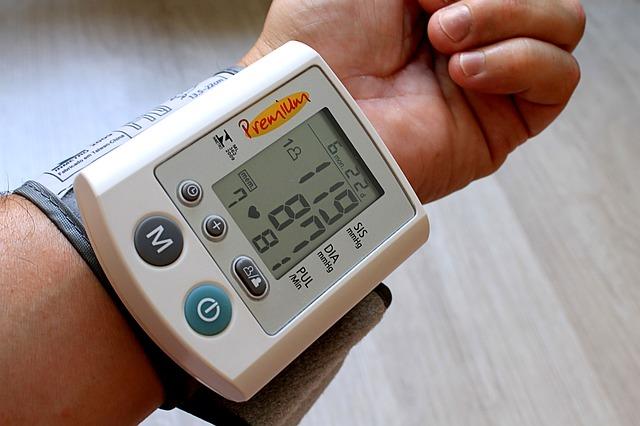 Obniżenie ciśnienia jest bardzo korzystne, także u osób zdrowych [fot. Adriano Gadini from Pixabay]