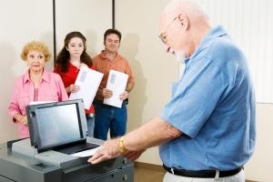 Obniżony wiek emerytalny: szturm na oddziały ZUS [Fot. Lisa F. Young - Fotolia.com]
