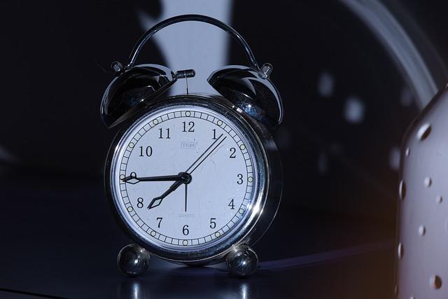 Ograniczanie snu - niebezpieczny stereotyp męskości [fot. oxi_roxy from Pixabay]