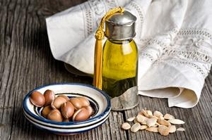 Olej arganowy na zmarszczki [©  luisapuccini - Fotolia.com]