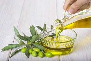 Oliwa z oliwek chroni przed rakiem piersi [© Angel Simon - Fotolia.com]