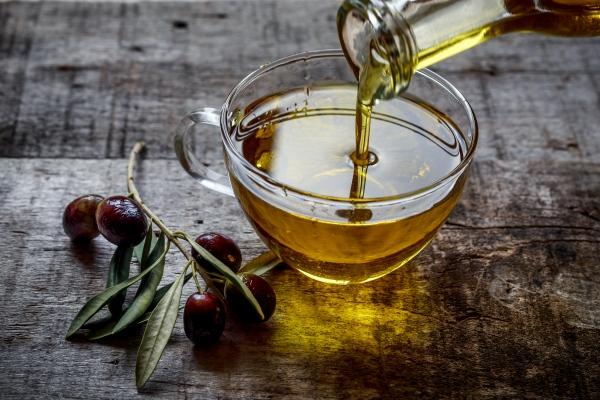 Oliwa z oliwek chroni wątrobę [Fot. Kerim - Fotolia.com]