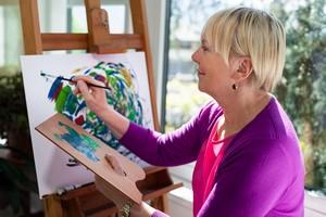 Opiekujesz się chorym na Alzheimera? Znajdź sobie kreatywne hobby [© diego cervo - Fotolia.com]