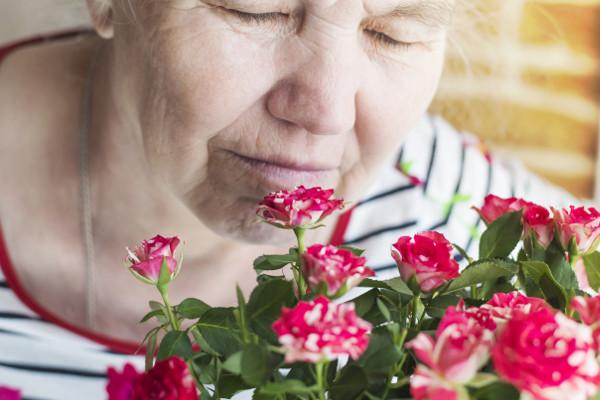 Osłabienie węchu oznacza bliskość śmierci? [Fot. Irina - Fotolia.com]