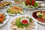 Osoby towarzyskie jedzą za dużo by uszczęśliwić innych [© Aleksey Kondratyuk - Fotolia.com]