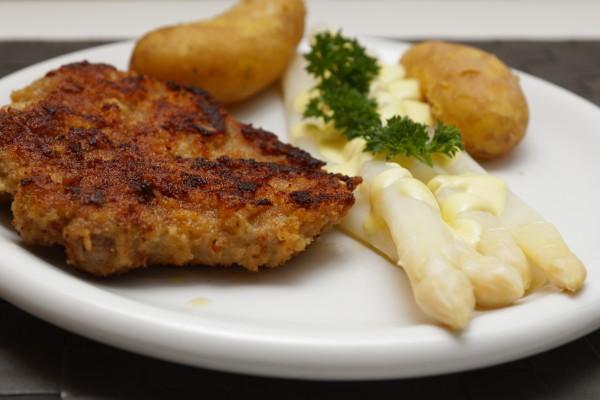 Oto klucz do długowieczności: wczesny obiad [Fot. blende40 - Fotolia.com]