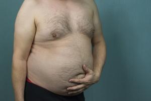 Otyłość brzuszna - oto najlepsza dieta, by się jej pozbyć [Fot. ALEXEI - Fotolia.com]