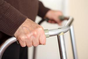 Otyłość lub niedowaga w starszym wieku zwiększają ryzyko utraty samodzielności [© koszivu - Fotolia.com]