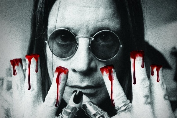 """Ozzy Osbourne """"obcina"""" sobie palce. Dla kotów [Ozzy Osbourne fot. PETA]"""