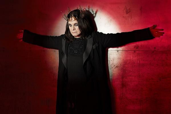 Ozzy Osbourne sprzedaje pluszowego nietoperza [Ozzy Osbourne fot. Sony BMG]