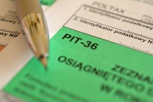 PIT 2018: ulgi, wzrost kwoty wolnej od podatku, pomoc w rozliczeniu [Fot. Pio Si - Fotolia.com]