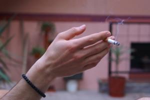 Palacze wykazują wyższe ryzyko przeziębienia [Fot. PaulChristian - Fotolia.com]