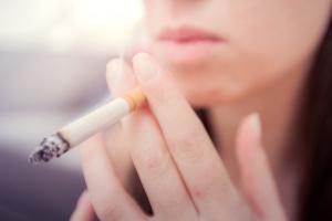 Palenie papierosów: tysiące ofiar rocznie [Fot. mitarart - Fotolia.com]