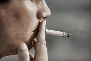 Palisz papierosy? Bardzo os�abiasz swoj� pami�� [© Sondem - Fotolia.com]