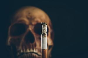 Papierosy mogą odpowadać za co dziesiątą śmierć. [© stokkete - Fotolia.com]