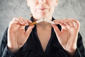 Papierosy warto rzucać stopniowo? [© igor - Fotolia.com]