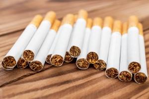 Papierosy zwiększają ryzyko raka gardła [Fot. igorkol_ter - Fotolia.com]