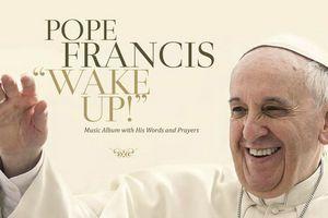 Papież Franciszek nagrał...  płytę rockową [fot. Wake Up! Go! Go! Forward!]