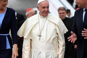 Papie� Franciszek z wizyt� w Polsce [fot.  EpiskopatNews, CC BY-NC-SA 2.0, Flickr]