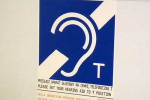Pętla indukcyjna rozwiazaniem dla osobób słabo słyszących  [fot. InfoWire.pl]