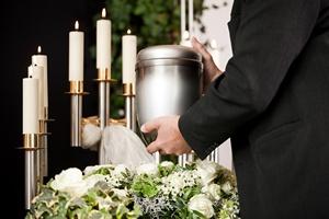 Pięć najdziwniejszych zwyczajów pogrzebowych [© Kzenon - Fotolia.com]