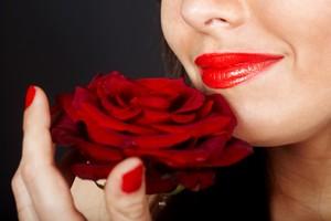 Piękne usta? Tak, ale nie w rozmiarze XXL [© Gennadiy Poznyakov - Fotolia.com]