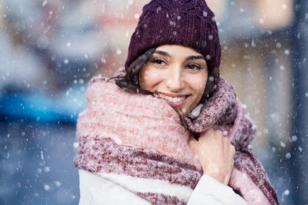 Pielęgnacja skóry twarzy w okresie zimowym [Fot. Rido - Fotolia.com]