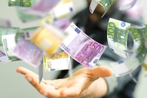 Pieniądze dają szczęście. Ale tylko do pewnej kwoty [©  vege - Fotolia.com]