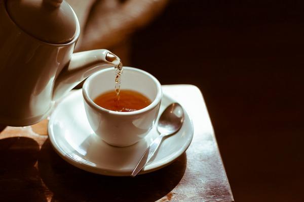 Pij herbatę, tak zadbasz o serce [fot. dungthuyvunguyen z Pixabay]