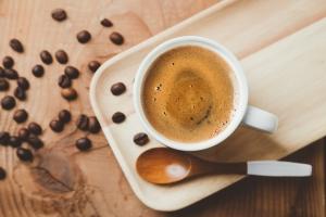 Pij kawę. Pomaga na trądzik różowaty [Fot. asife - Fotolia.com]