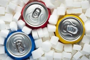 Pijemy za dużo słodkich napojów. A to może skracać życie [Fot. airborne77 - Fotolia.com]