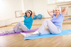 Pilates - ćwiczenia dobre bez względu na wiek [Pilates, © pressmaster - Fotolia.com]