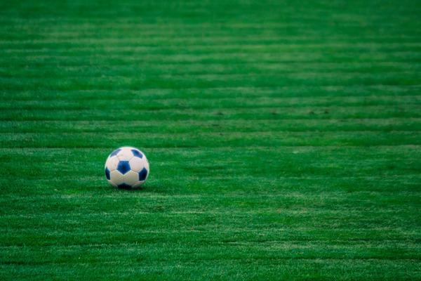 Piłka nożna a ryzyko demencji - istnieje związek [fot. midi12 z Pixabay]