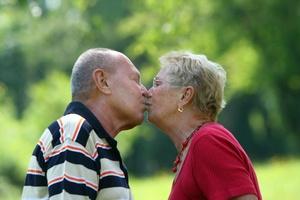 Pocałunek ma uzdrawiającą moc [© Gina Sanders - Fotolia.com]