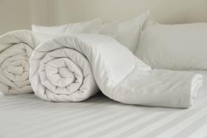 Pod czym spać latem?  [Fot. titipong8176734 - Fotolia.com]