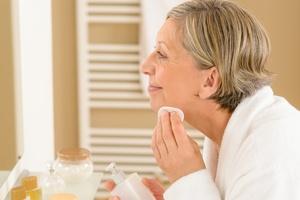 Podstawy pielęgnacji cery naczynkowej. 3 rzeczy, które musisz wiedzieć [© CandyBox Images - Fotolia.com]