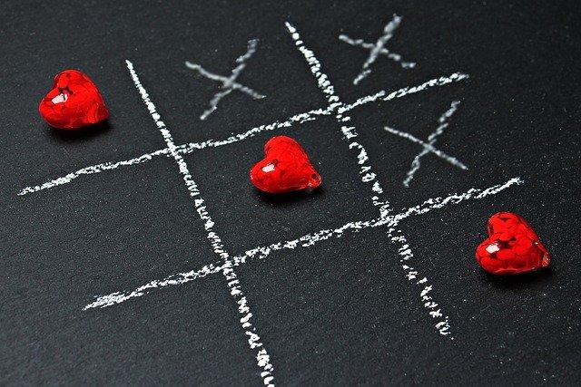 Pogoń za szczęściem sprawia, że jesteś nieszczęśliwy/a [fot. S. Hermann & F. Richter from Pixabay]