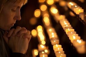 Polacy bardziej wierzą w Boga niż w życie po śmierci [©  Andrey Kuzmin - Fotolia.com]