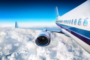Polacy coraz częściej latają - popularne kierunki [© Romolo Tavani - Fotolia.com]
