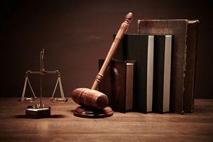 Polacy tracą zaufanie do prawników [© senk - Fotolia.com]