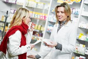 Polacy uważają, że leki są za drogie - czy jest na to recepta? [© Kadmy - Fotolia.com]