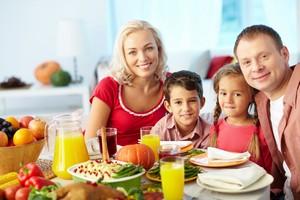Polacy zadowoleni z rodziny. Z zarobków już nie [© pressmaster - Fotolia.com]