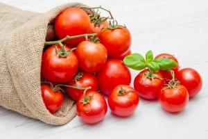 Pomidory kluczem do walki z rakiem skóry? [Fot. Lsantilli - Fotolia.com]