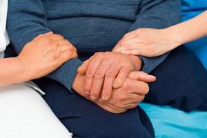 Poradnik dla osób z chorobą Parkinsona [Opieka, © Barabas Attila - Fotolia.com]