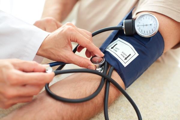 Poranny trening zmniejsza ciśnienie krwi na cały dzień  [Fot. Kurhan - Fotolia.com]